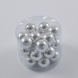 Metallic Perlen, verschiedene Größen und verschiedene Farben