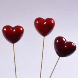 Herz am Pick rot lackiert, verschiedene Größen