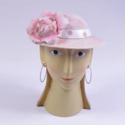 Damenkopf Marta (mit Ohrring)
