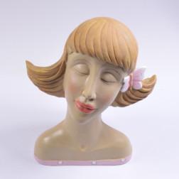 Damenkopf Ina (mit Schmetterling im Haar)